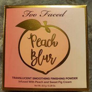 Too Faced NIB Peach Blur Perfecting Powder